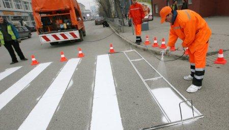 27 апреля в Ижевске начались работы по нанесению дорожной разметки.